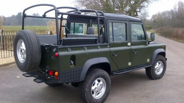 HEavy duty hood sticks for a Defender CSW 100 5-Door
